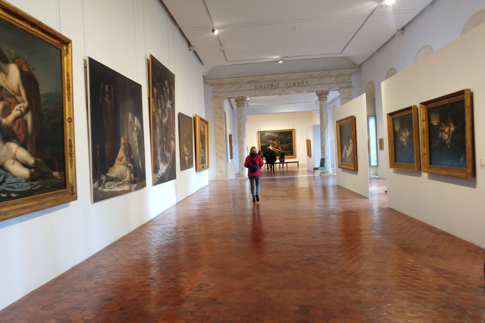 Avignon von Museum zu Museum